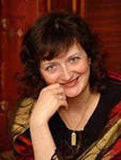 Доктор филологических наук, профессор кафедры английской филологии Ольга Александровна Дмитриева