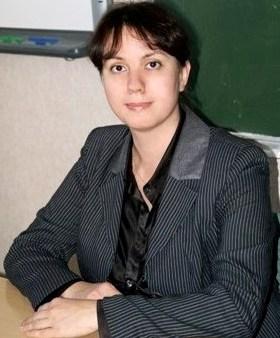 Кандидат филологических наук, доцент кафедры германских и романских языков Ирина Александровна Мурзинова