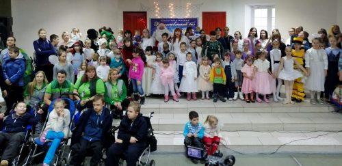 Студенты факультета социальной и коррекционной педагогики ВГСПУ стали волонтерами на Благотворительном «Рождественском балу — 2019»